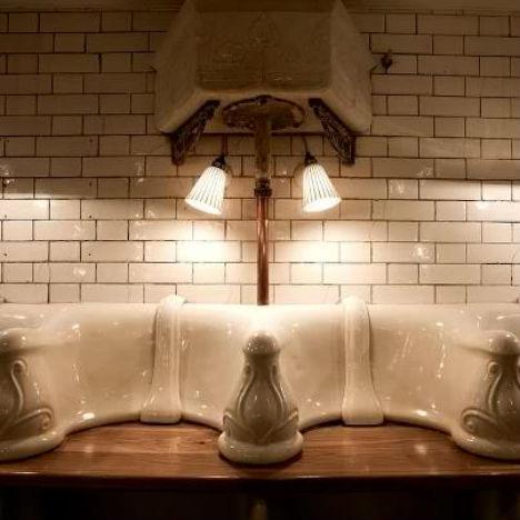 Attendant Urinal Restaurant 4