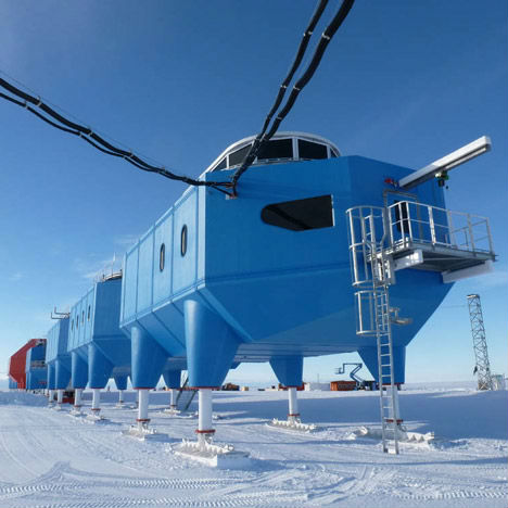 First Mobile Research Station Antarctica 2
