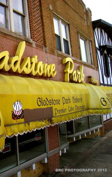 Gladstone Park Bakery Chicago abandoned