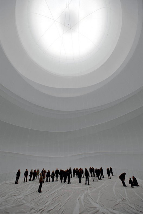 christo inflatable sculpture interior