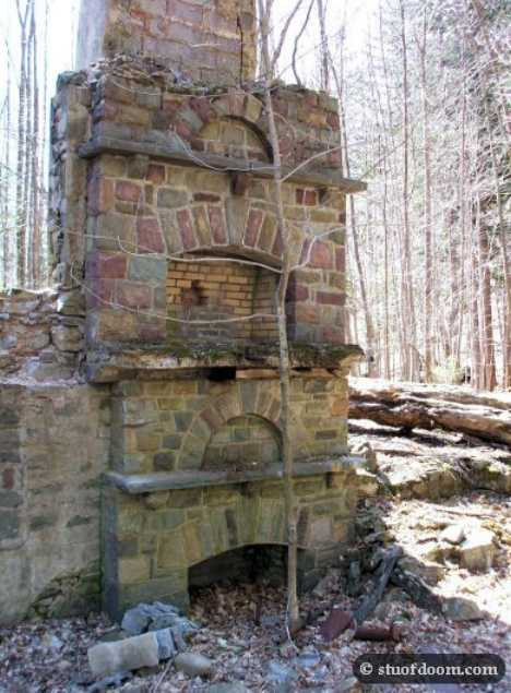 Devil's Hole Monroe County abandoned ski lodge