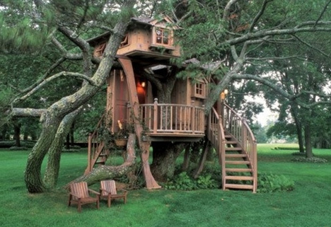 Tremendous Treehouse Taster 3 Wildly Different Types Of Tree Houses Urbanist Largest Home Design Picture Inspirations Pitcheantrous