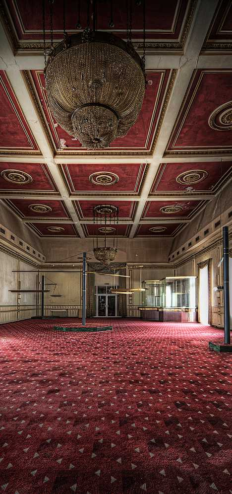 abandoned casino Overlook Hotel