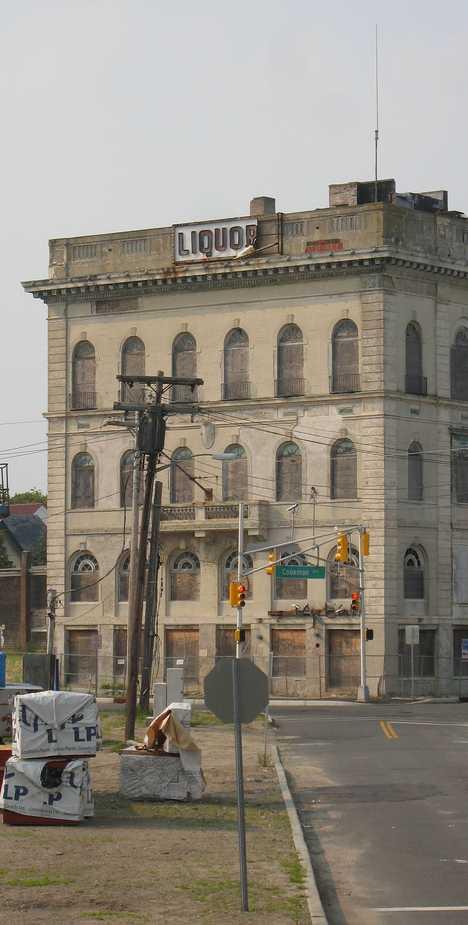 massive abandoned liquor store