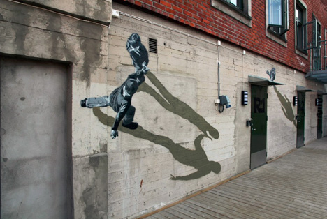 wall walking mural figures