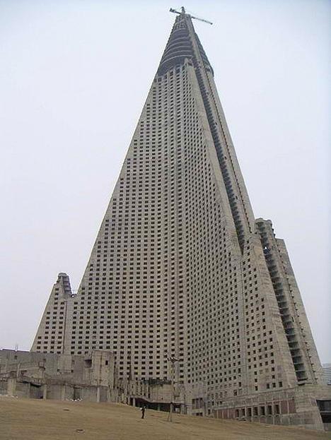 Ryugyong Hotel North Korea 4