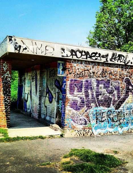 abandoned rest stop French-Belgian border