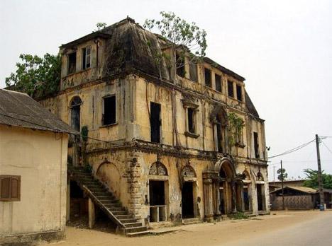 Abandoned Africa Grand Bassam 1