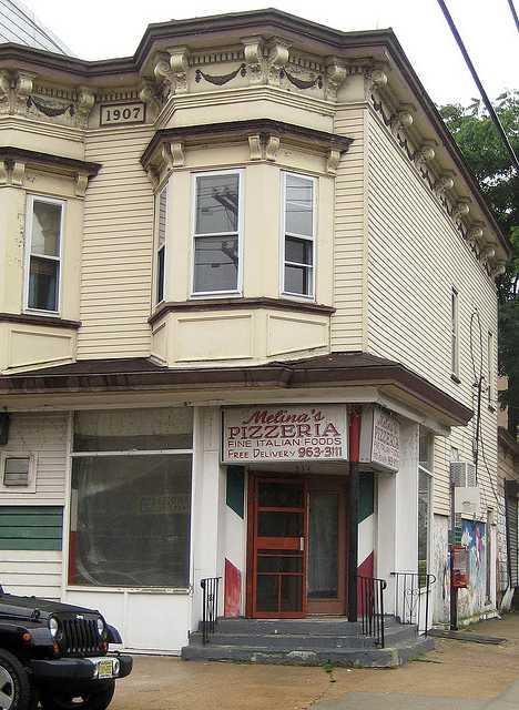 Melina's Pizzeria Hoboken abandoned