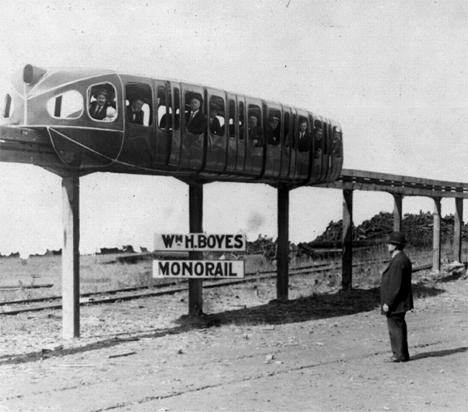 Monorail Boyes