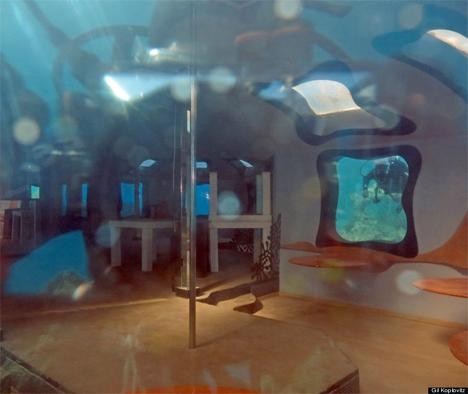 Underwater Strip Club 1