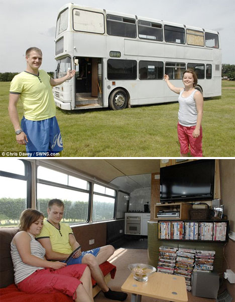 School's Out Forever: 12 Crazy DIY Converted Bus Homes ...