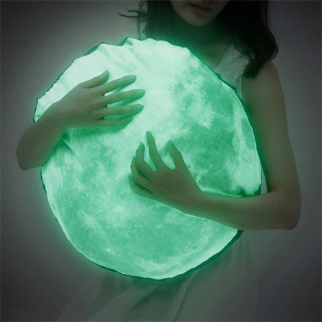 Glow in the Dark Moon Pillow 2