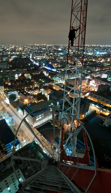 urban crane tower climb