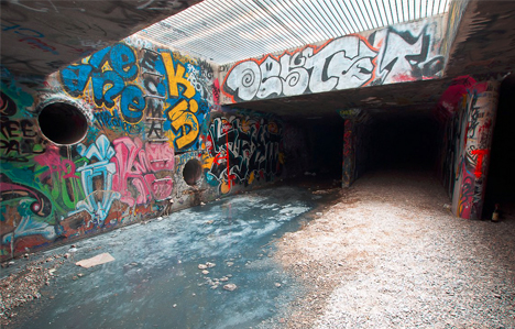 urban tunnel graffiti art