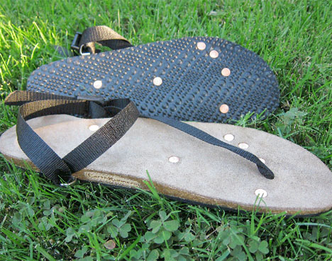 Conductive Design Earth Runner SHoes