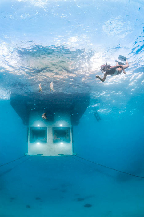 Underwater Hotel Room Manta Resort 4