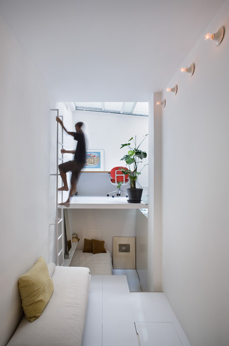small vertical apartment