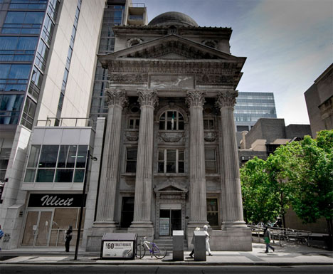 Banks in Toronto
