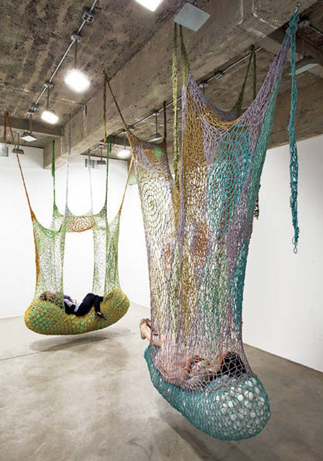 Crochet Playscapes Ernesto Neto 2