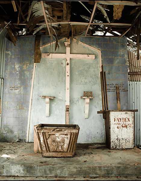 Pulau Bidong abandoned church