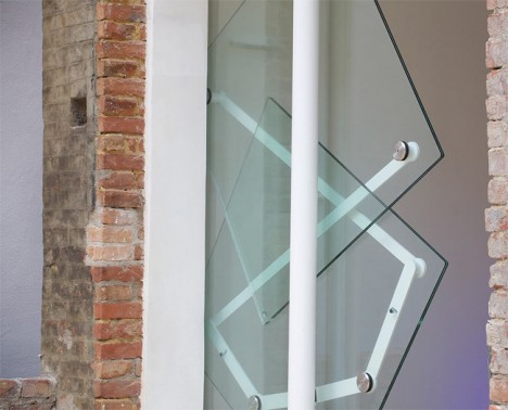 klemens toggler glass door
