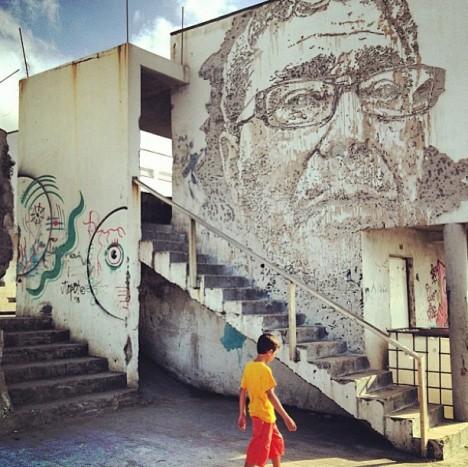 mural face context building