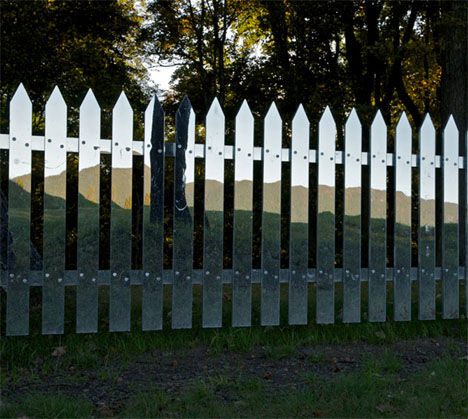 Mirrored Picket Fence Illusion 5