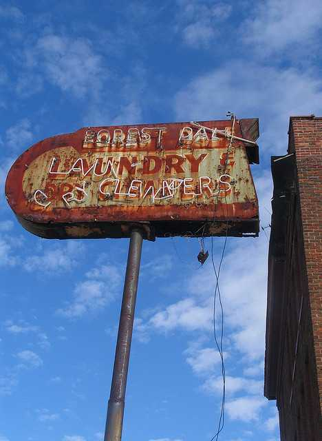 Forest Dale laundry & dry cleaners