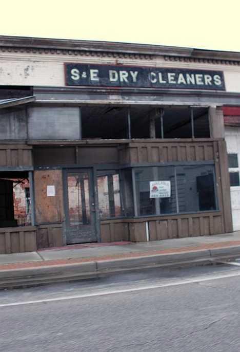 abandoned S&E dry cleaners Darlington SC