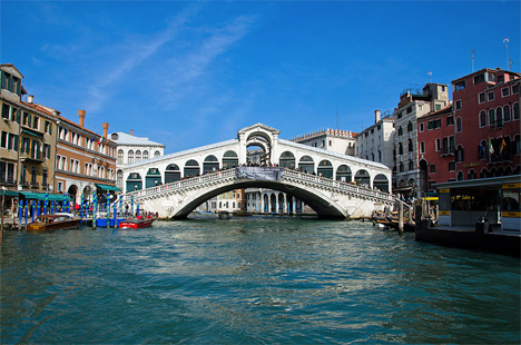 Engineering Fail Rialto Bridge 2