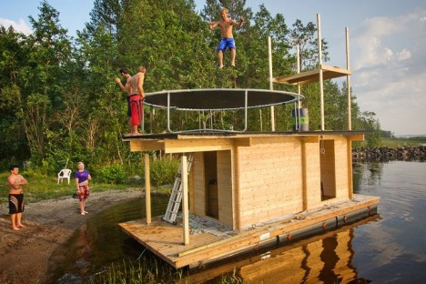 floating sauna trampoline test
