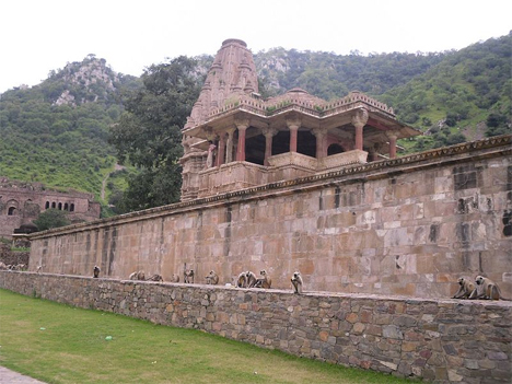 Abandoned India Bhangarh 2