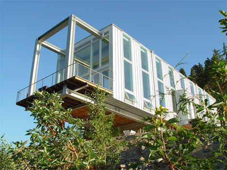 Floating architecture 16 dramatic cantilevered structures for Anderson architects