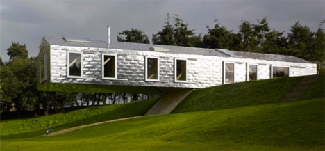 Cantilevered Balancing Barn 2