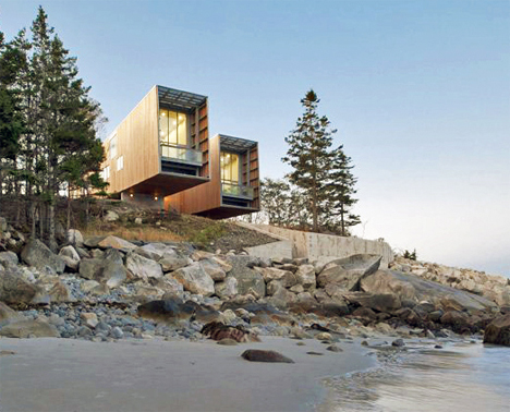 Cantilevered Two Hull House 1