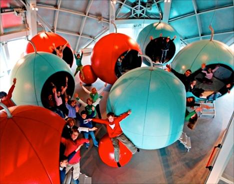 Weirdest Hotels Atomium 2