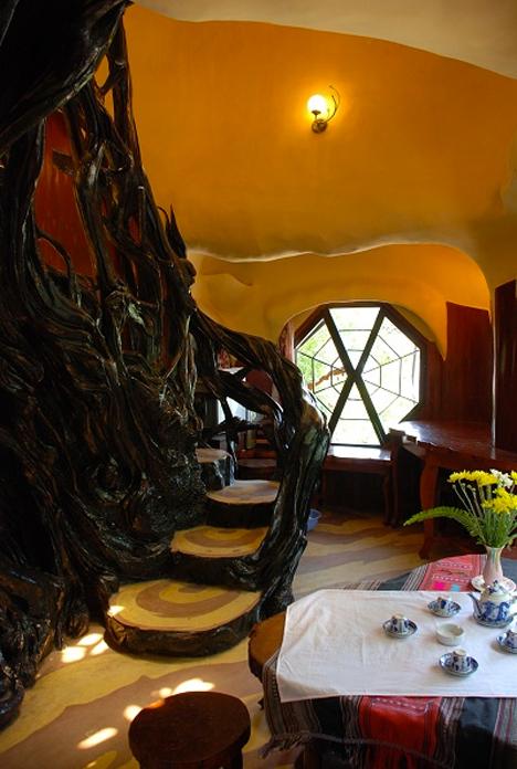 Weirdest Hotels Crazy House 2