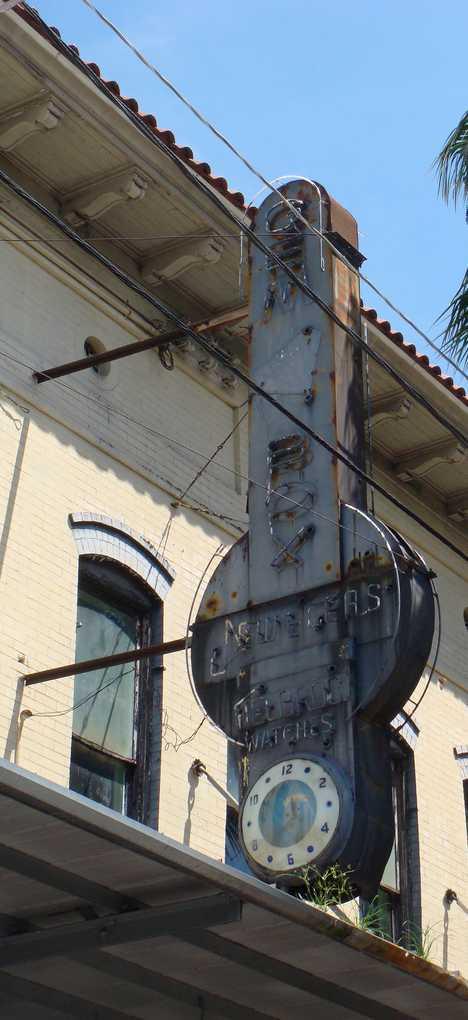 Gem Box abandoned jewelry store Ybor City