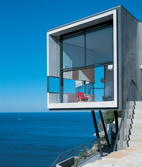 Australia Beach Cliff House 3