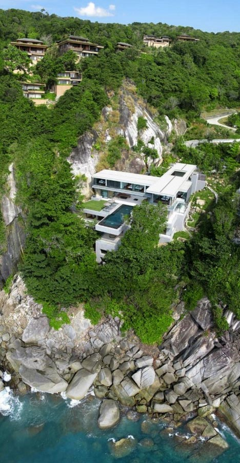 Hanging Homes Cantilevered Infinity Pool 1