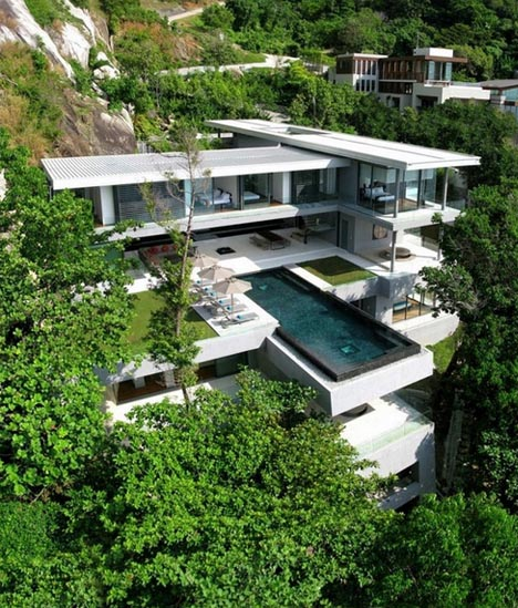 Hanging Homes Cantilevered Infinity Pool 3jpg