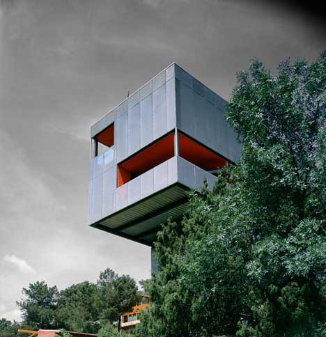 Hover Houses 12 Cliff Clinging Homes With A View Urbanist