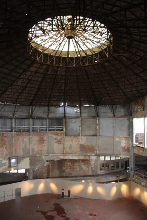 abandoned Wintercircus belgium