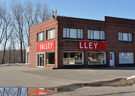 abandoned Valley Dodge dealership