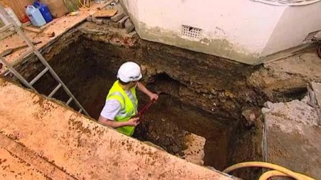 london basement excavation process
