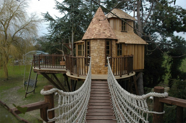 Blueforest Treehouses Main