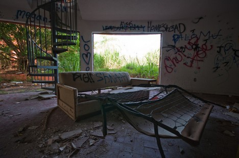 abandoned Homestead Florida UFO house