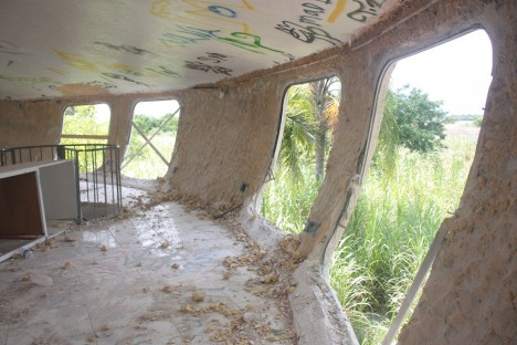 abandoned Florida UFO house demolition 2013