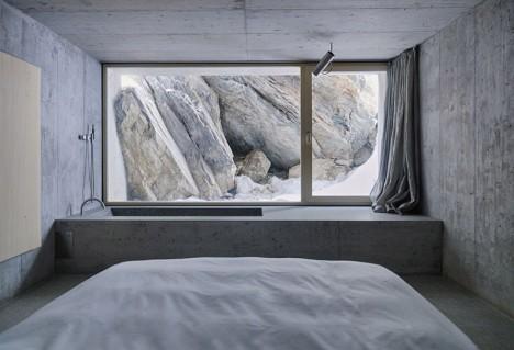 Concrete Stone Interior Bath